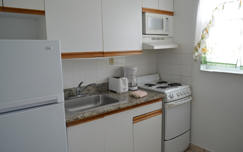 Two Bedroom Apartment with Kitchen